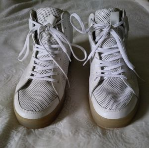 Authentic Clae Russel High Top Sneaker
